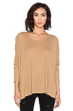 Omega Oversized Top en Sahara