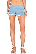 Camilla Signature Short en Let It Be