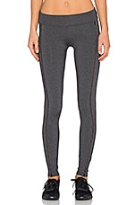 Open Embroidered Legging en Charcoal