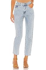 superdown Elsie Girlfriend Jeans in Light Blue Wash