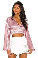 superdown Isabella Kimono Top in Blush