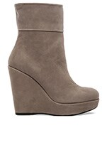 Pully Bootie in Stone