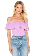 Ruffle Off Shoulder Top en Violet