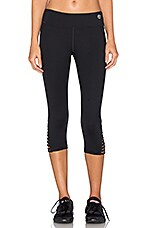 Strappped Solids Mid Length Leggings en Noir