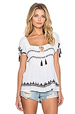 Tularosa Benny Peasent Top in White