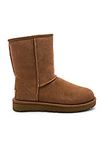 UGG Classic Short II Boot in Chestnut
