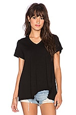Shrunken Shifted Deep V Tee in Black