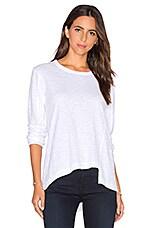 Slouchy Shifted Slant Long Sleeve Top en Blanc