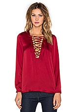 It's A Wrap Blouse en Rouge