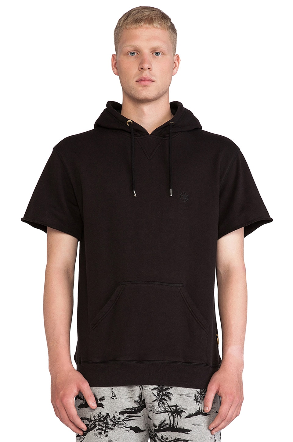 10 Deep Waterside Lightweight Hoodie in Black