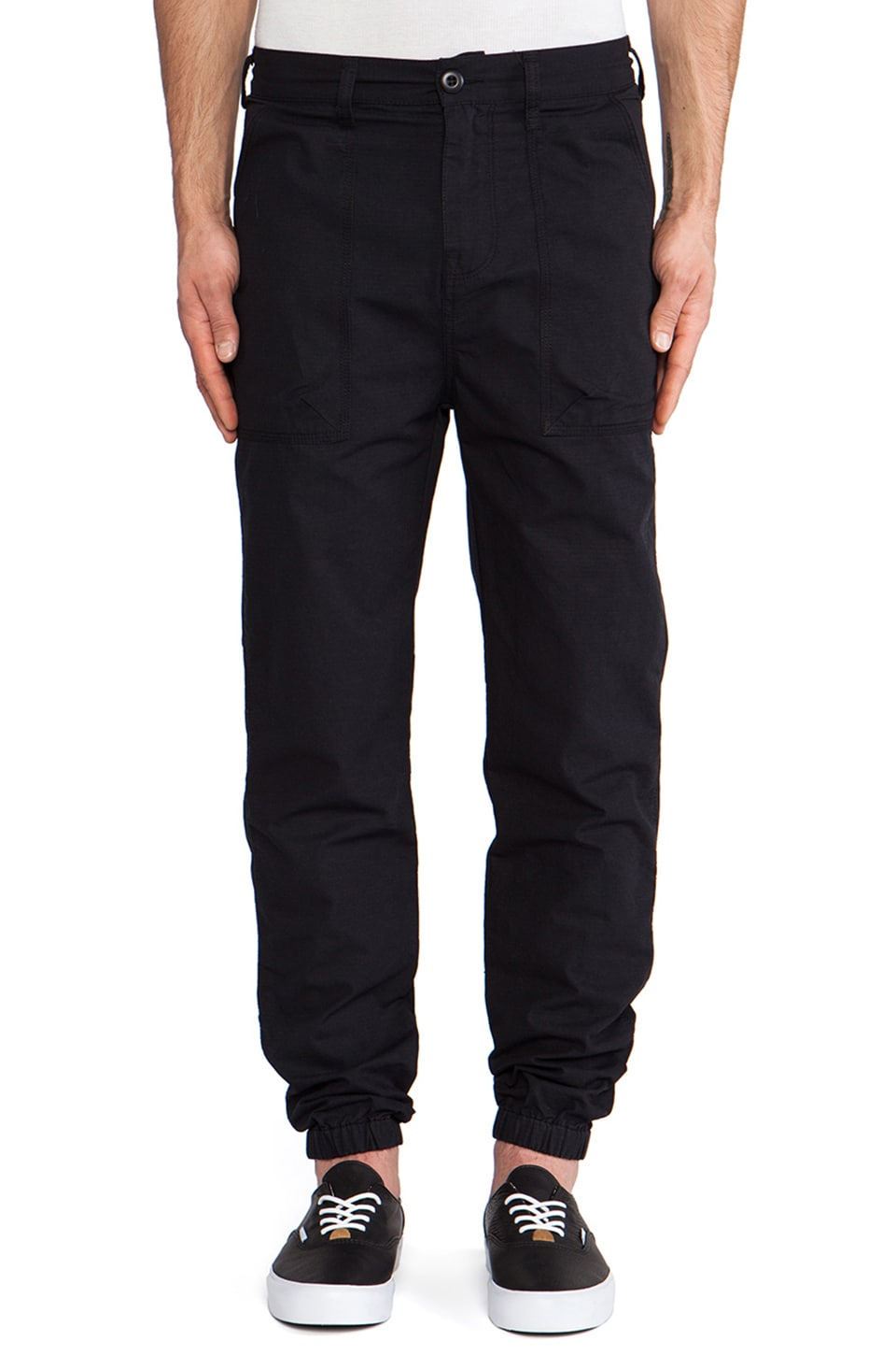 10 Deep Siler Pant in Black