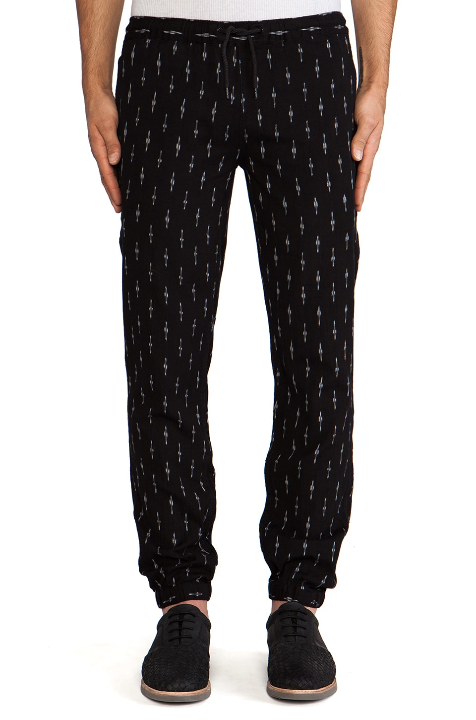 10 Deep Full Cozy Pant in Black