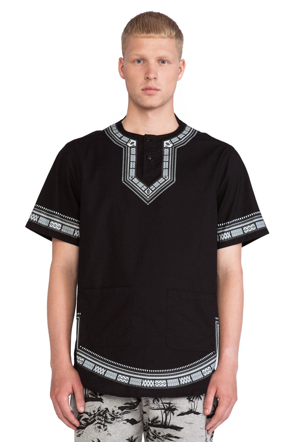 10 Deep Division Dashiki in Black
