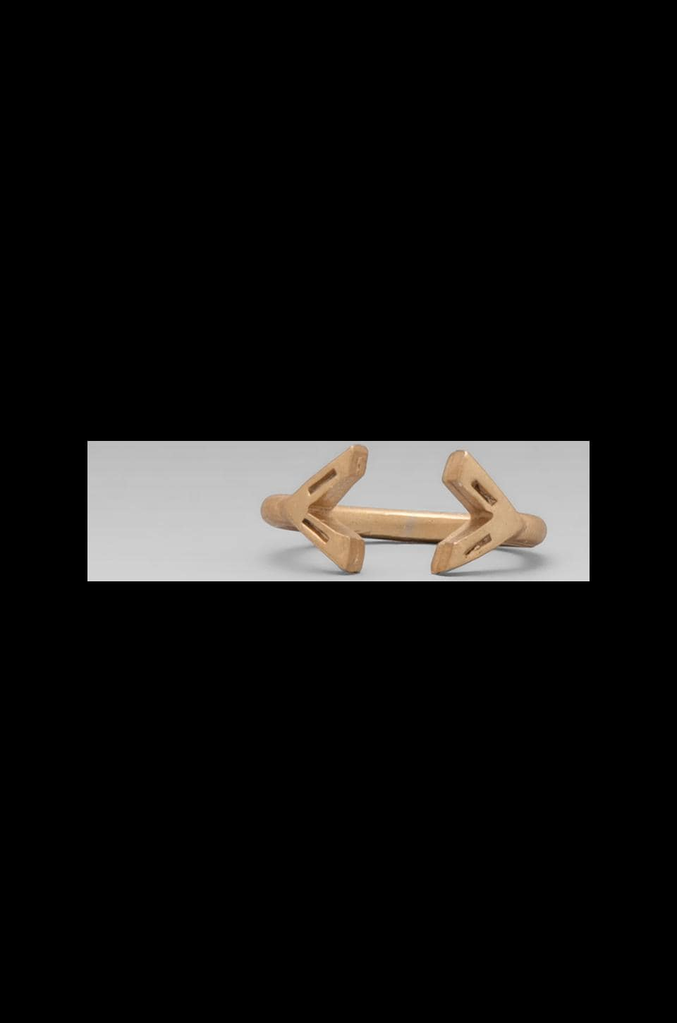 2 Bandits Leo's Arrow Ring in Gold