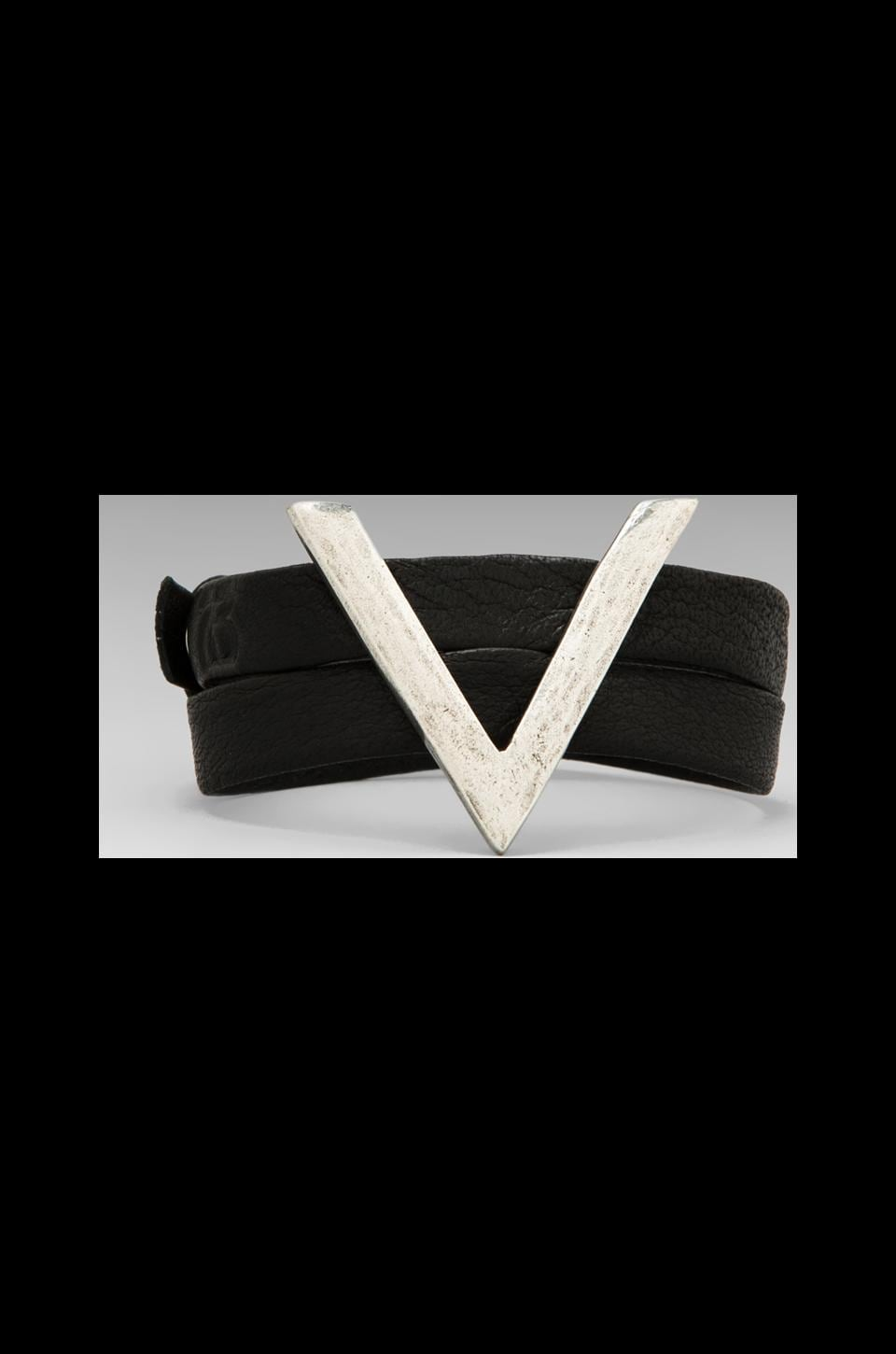 2 Bandits Leo's Arrow Leather Wrap in Antique Silver