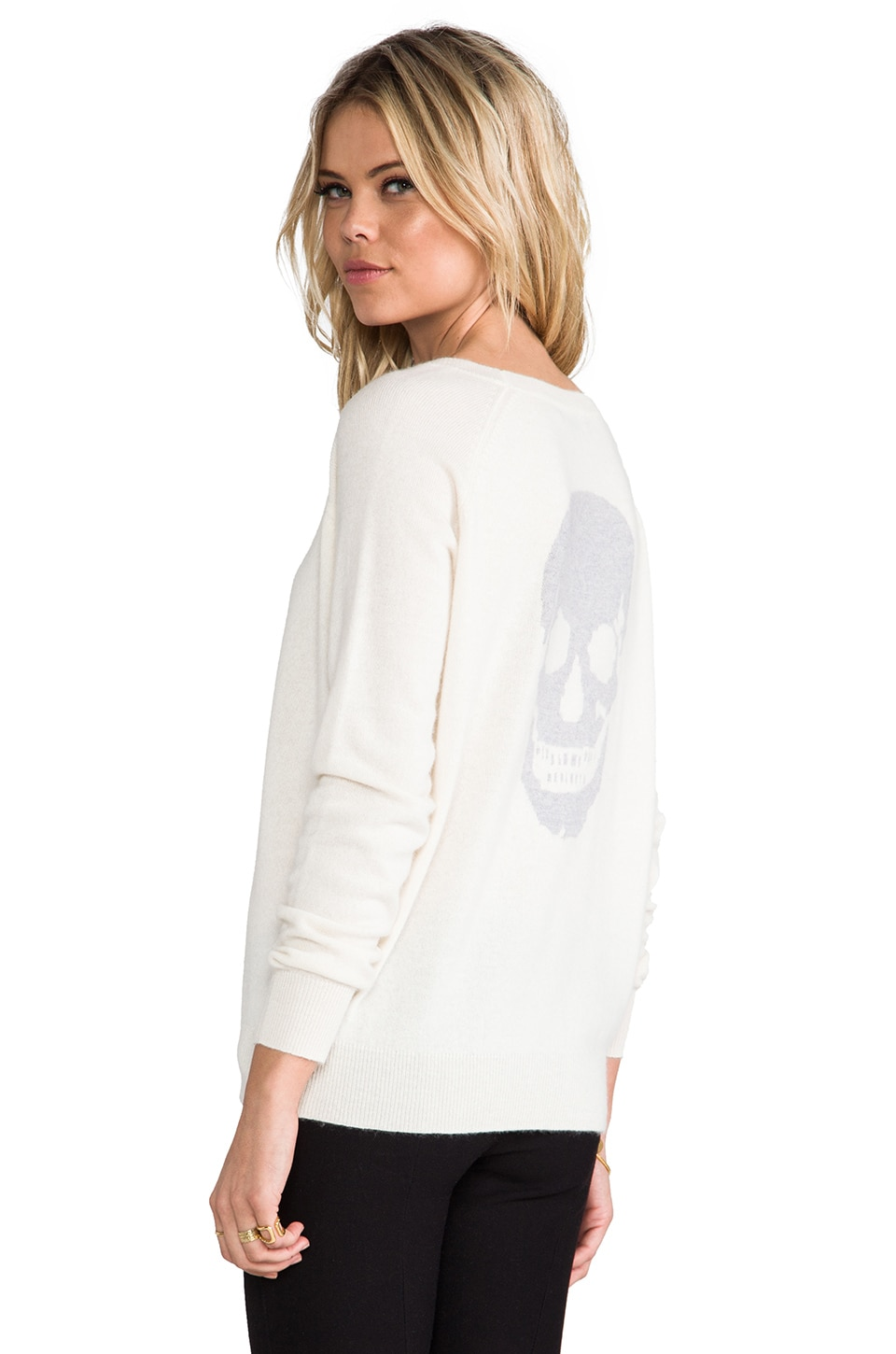 360CASHMERE Skull Cashmere Luther Crew Neck Sweater in Ivory & Powder Grey