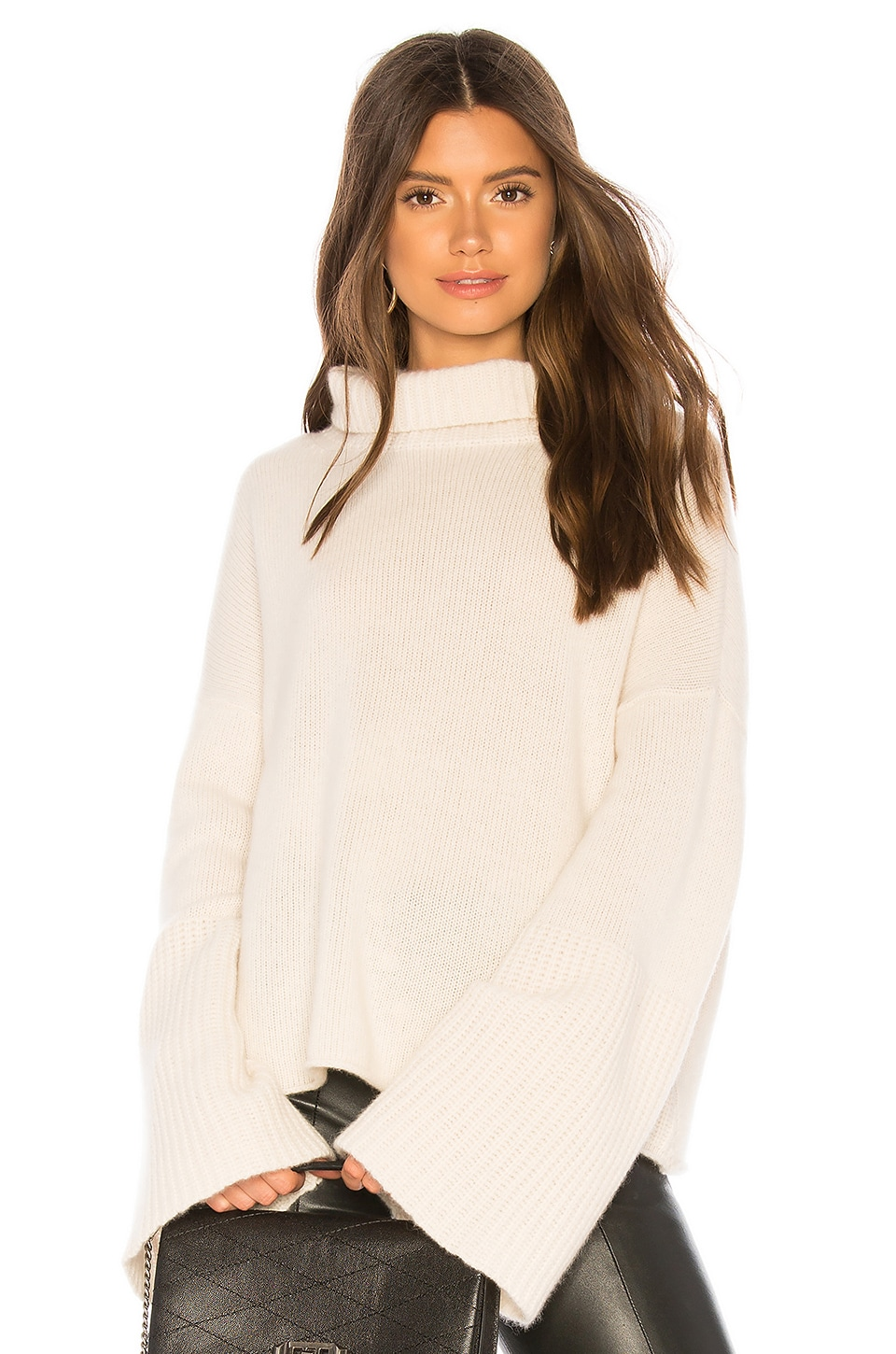360CASHMERE Lulu Turtleneck Sweater in Chalk