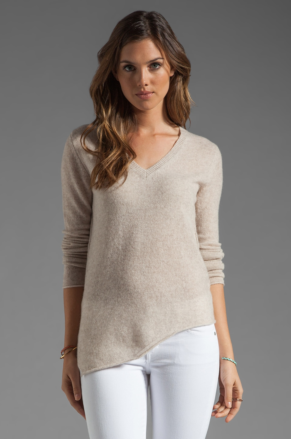360 Sweater Lake Cashmere Sweater in Buff