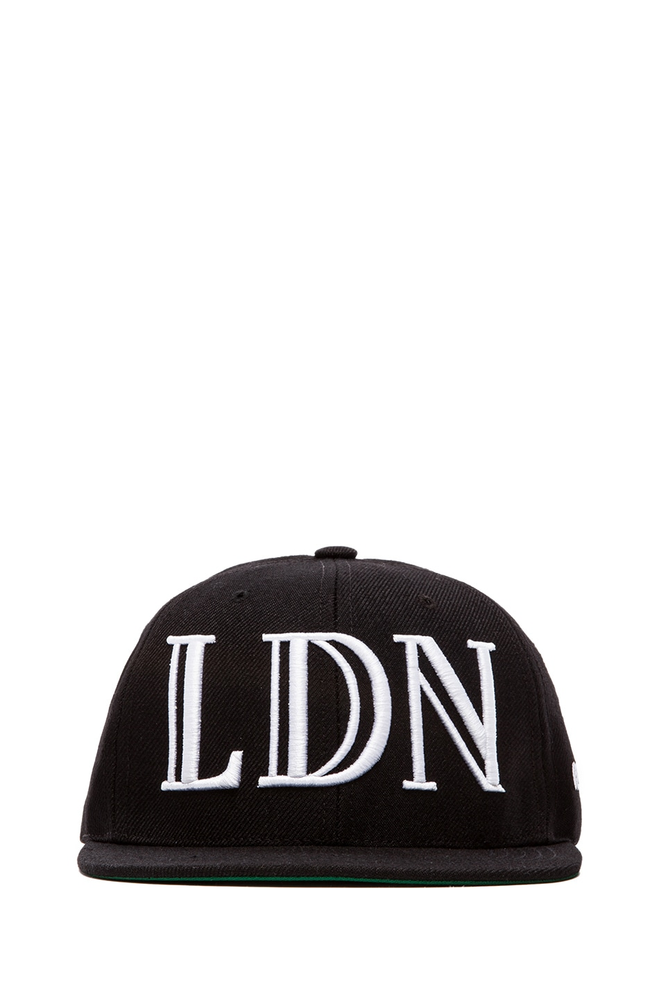 40 OZ NY Trapstar LDN Snapback in Black