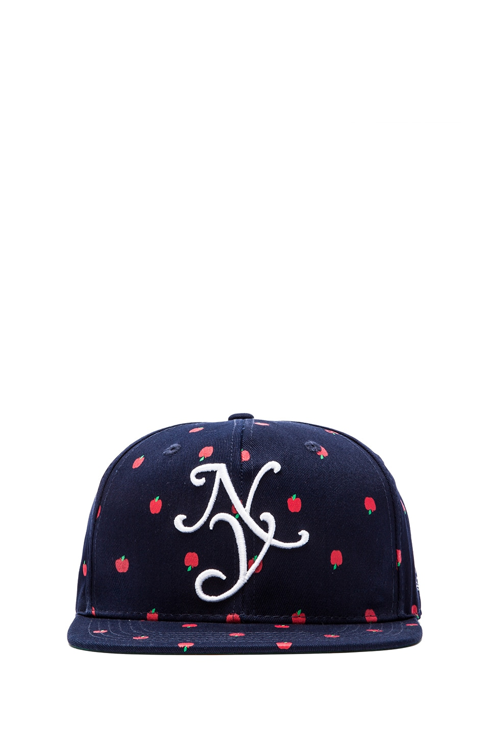 40 OZ NY Apples Cap in Navy