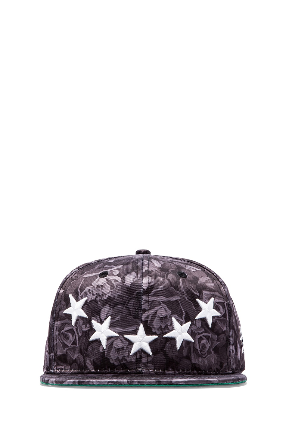 40 OZ NY Roses and Stars Hat in Black
