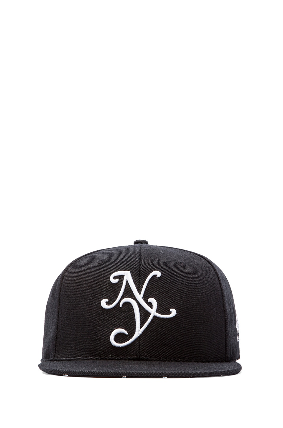 40 OZ NY New Yorker Cap in Black
