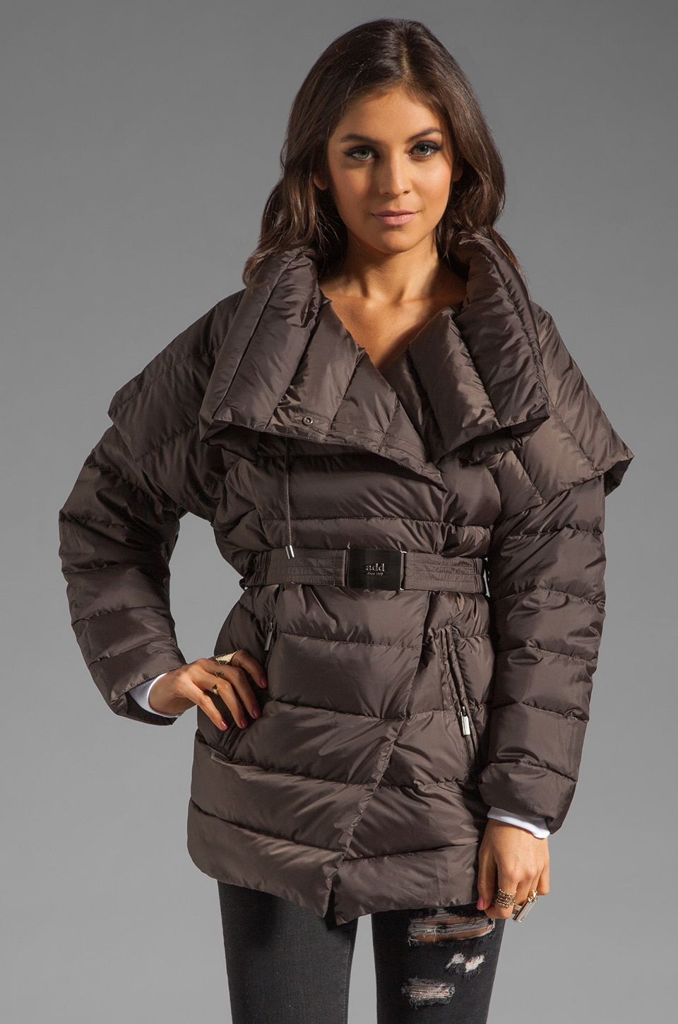 ADD Removable Sleeve Down Jacket in Hazel
