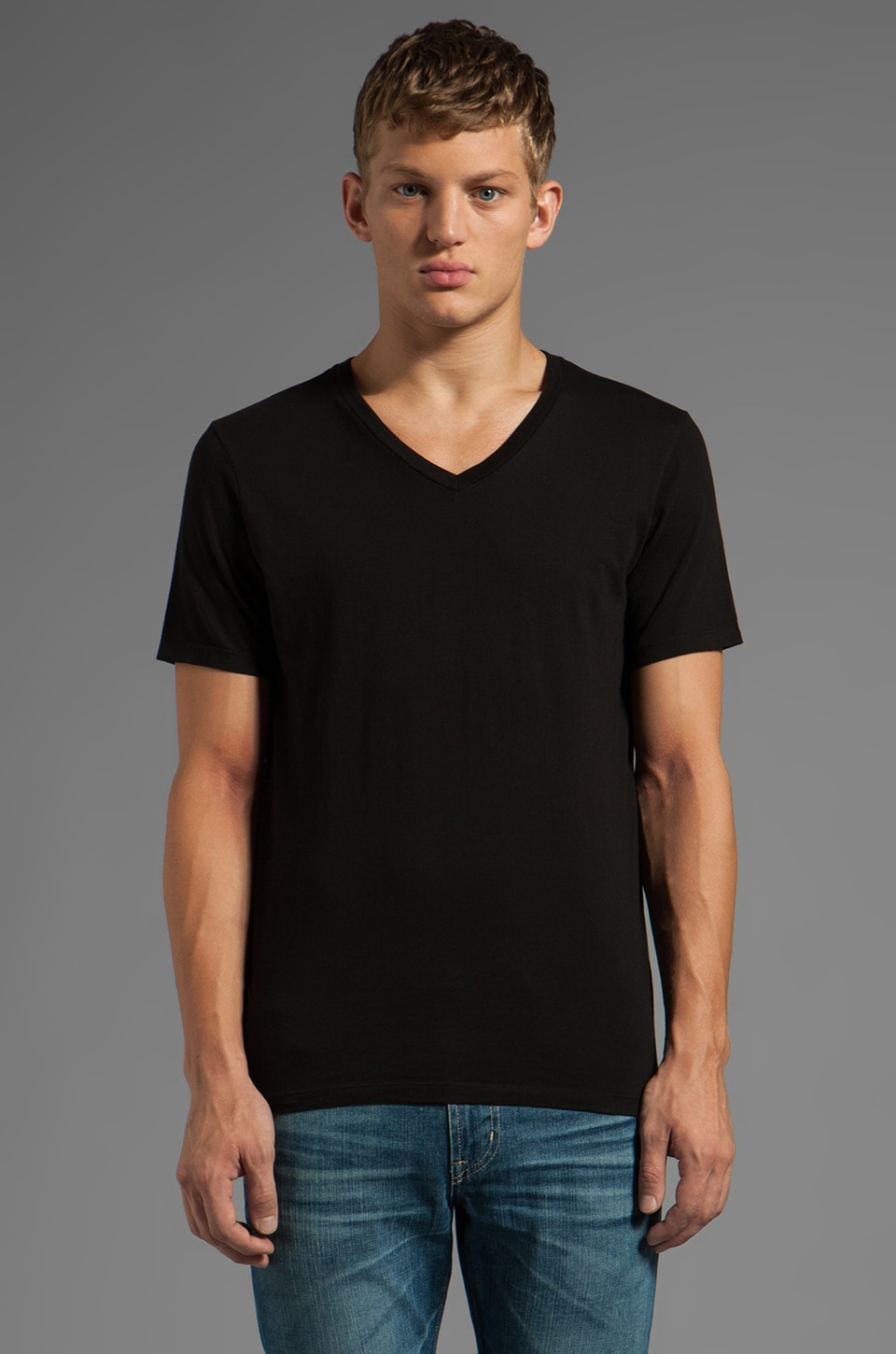 AG Adriano Goldschmied Standard V Neck in Black