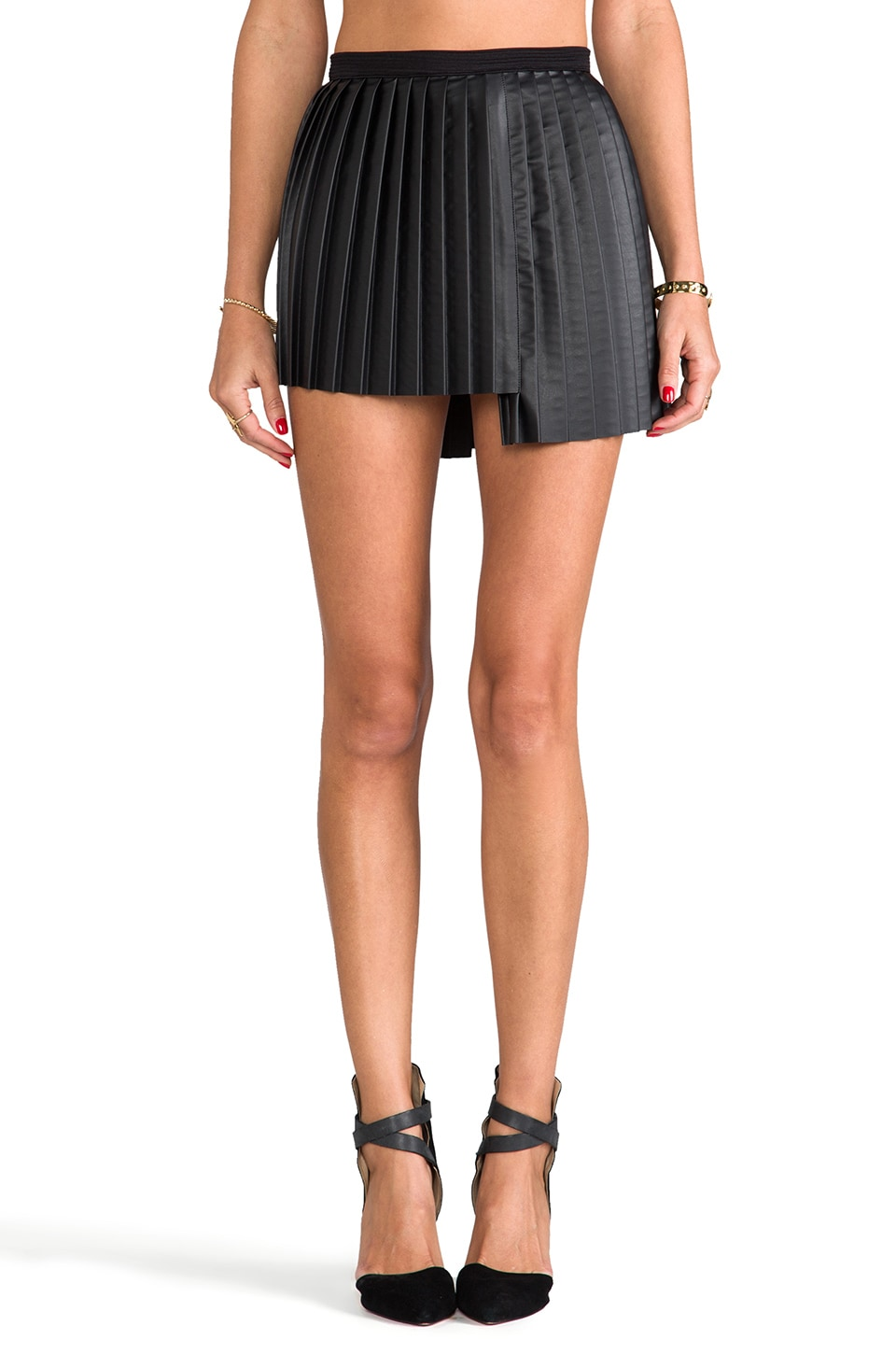 AGAIN Foxy Pleated Faux Leather Skirt in Black