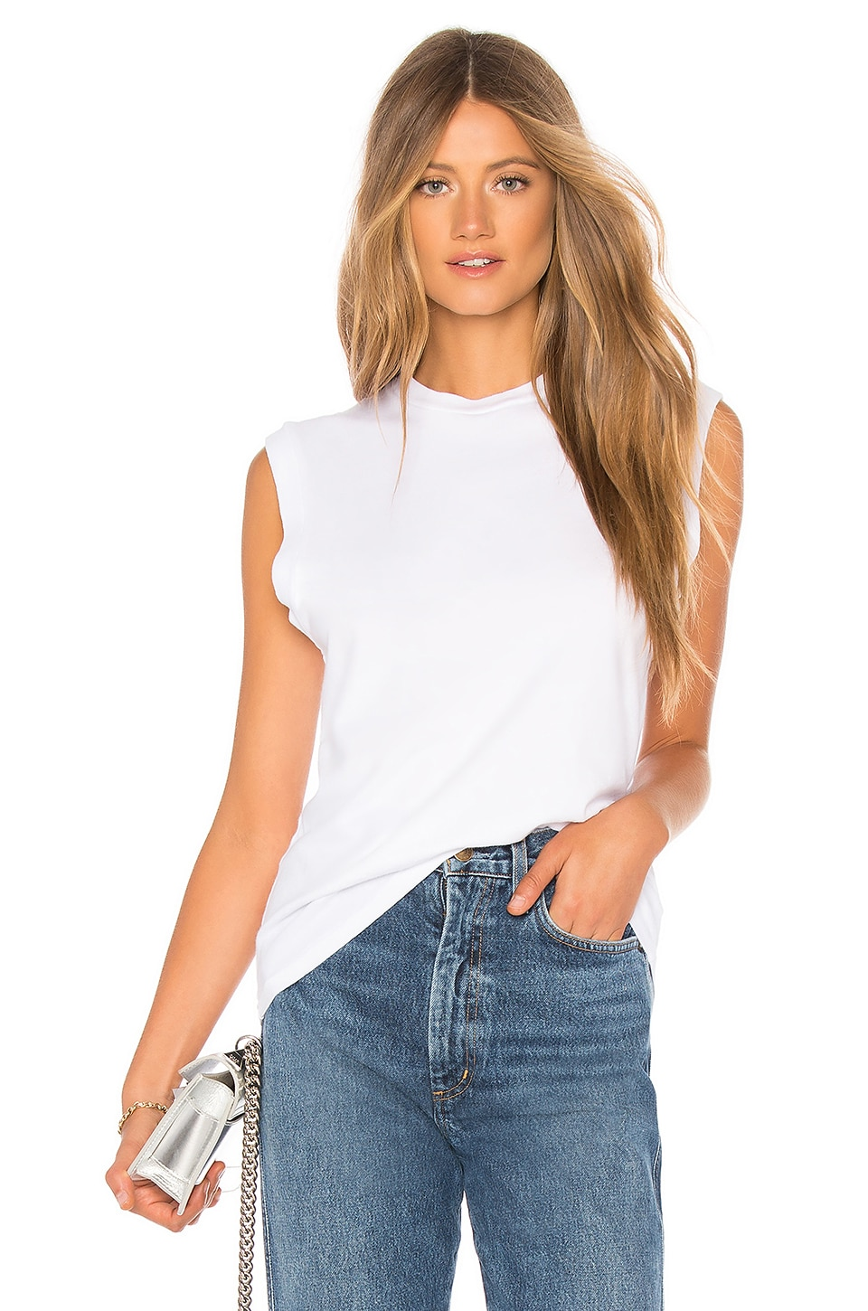 Muscle Tee             AGOLDE                                                                                                                                         Sale price:                                                                       CA$ 48.34                                                                                                  Previous price:                                                                       CA$ 82.47 2