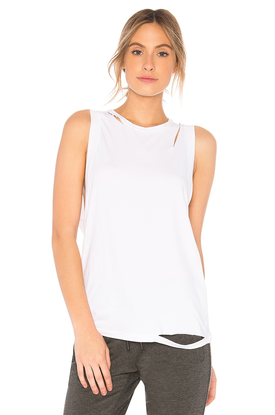 ALALA Carve Tank in White