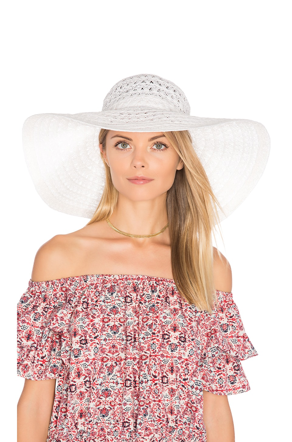 ale by alessandra Chantilly Hat in White