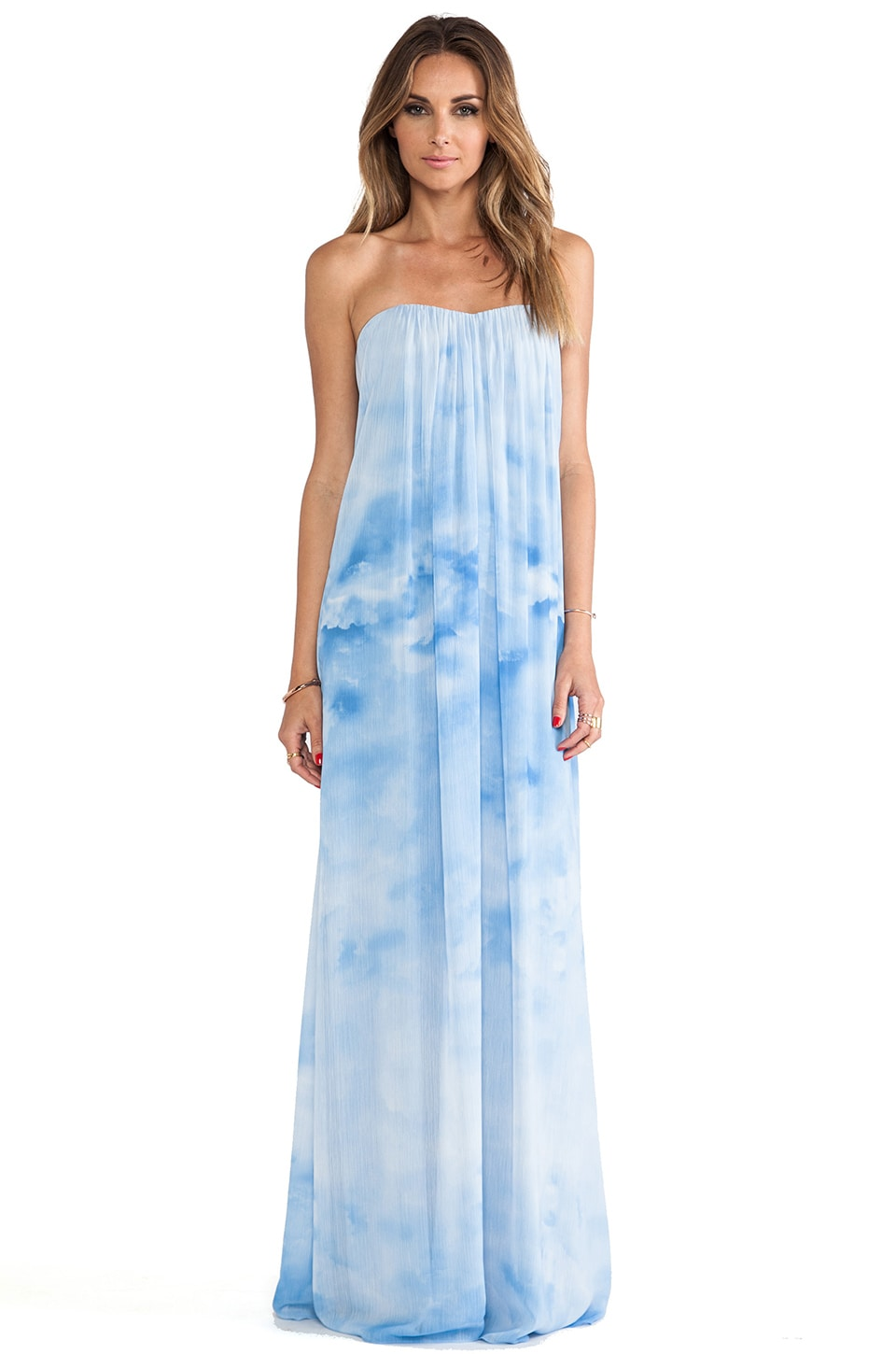 Alice   Olivia Maisie Sweetheart Maxi Dress in Ombre Cloud | REVOLVE
