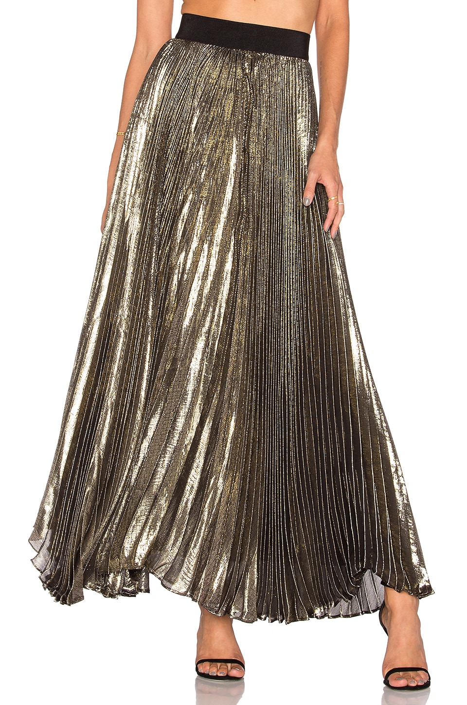 Alice   Olivia Katz Pleated Maxi Skirt in Gold & Black | REVOLVE