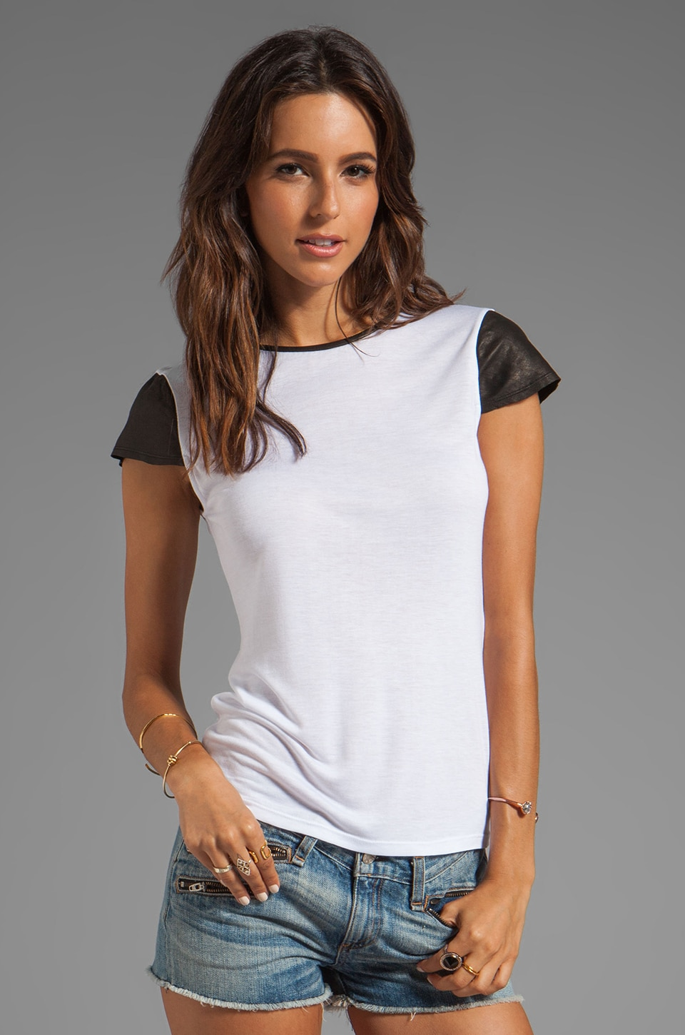 Alice + Olivia Anna Fitted Cap Sleeve Tee With Leather in White