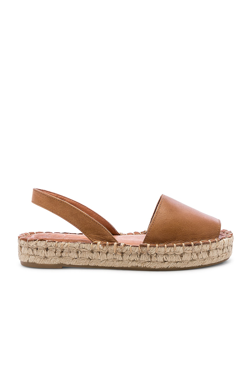 ALOHAS Ibizas Sandal in Camel