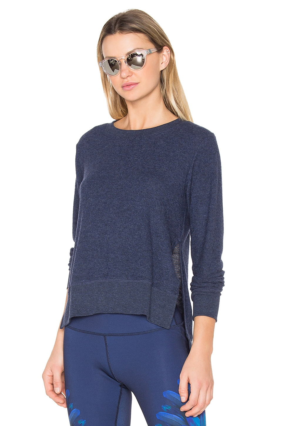 alo Glimpse Pullover in Rich Navy Heather