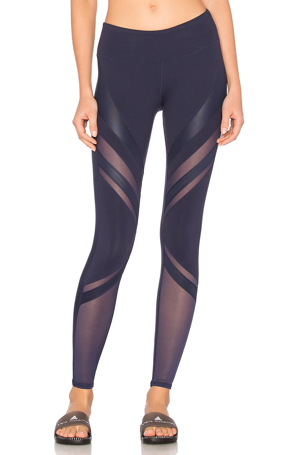c02835cfe3 alo Epic Legging in Rich Navy | REVOLVE