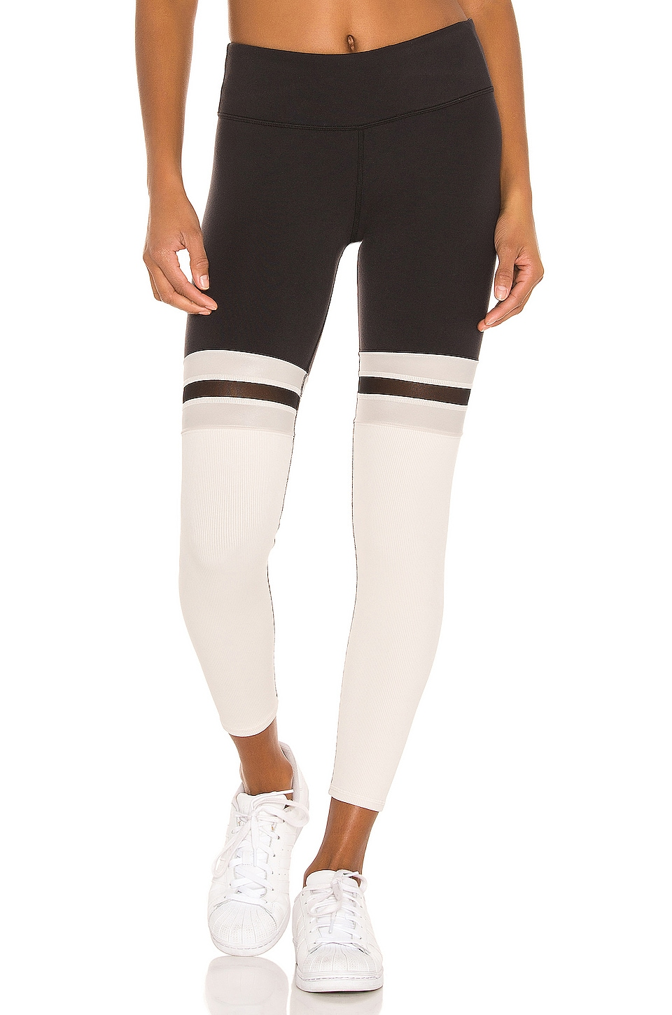 alo 7/8 Player Legging in Black & Bone