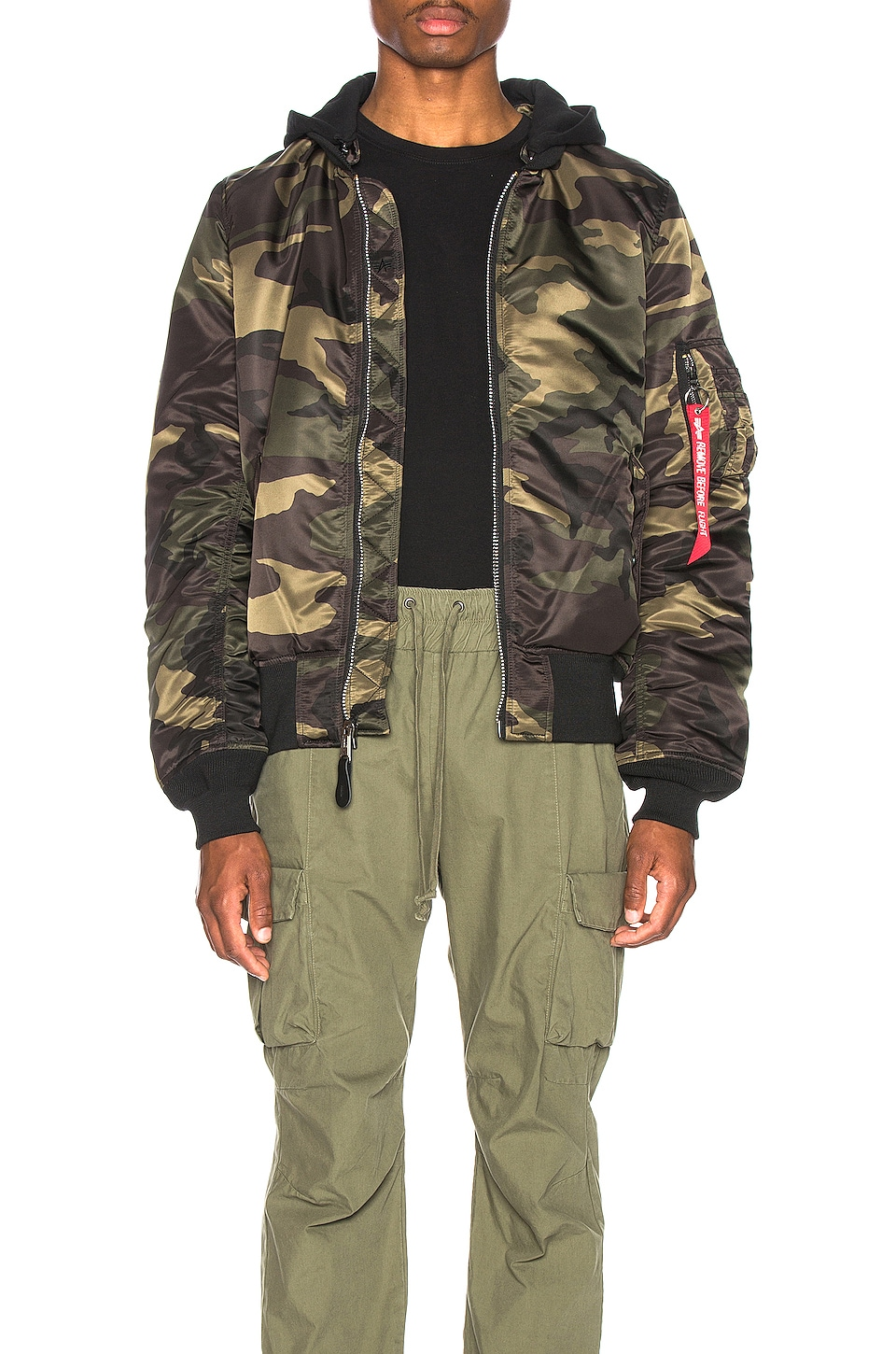 ALPHA INDUSTRIES MA-1 Natus en Dark Wood Camo