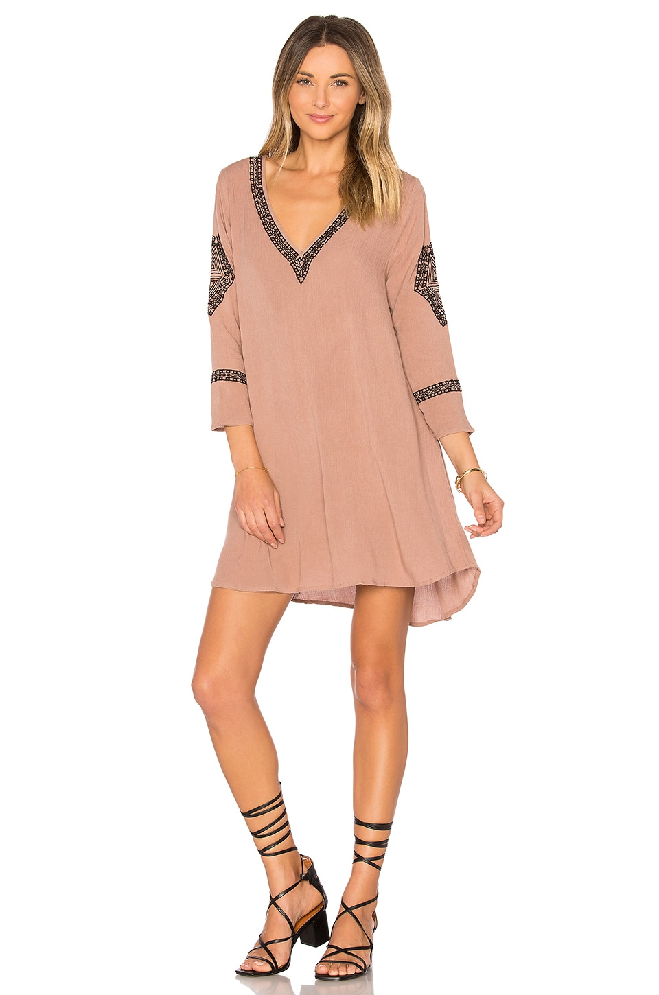 AMUSE SOCIETY Desert Sky Dress in Desert Taupe
