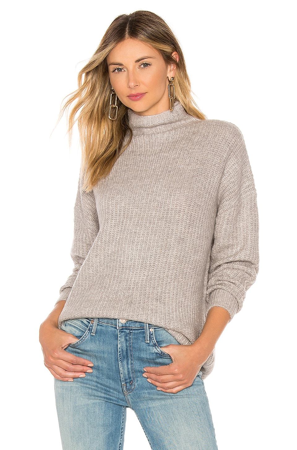 AMUSE SOCIETY Lets Snuggle Sweater in Snow Heather Grey