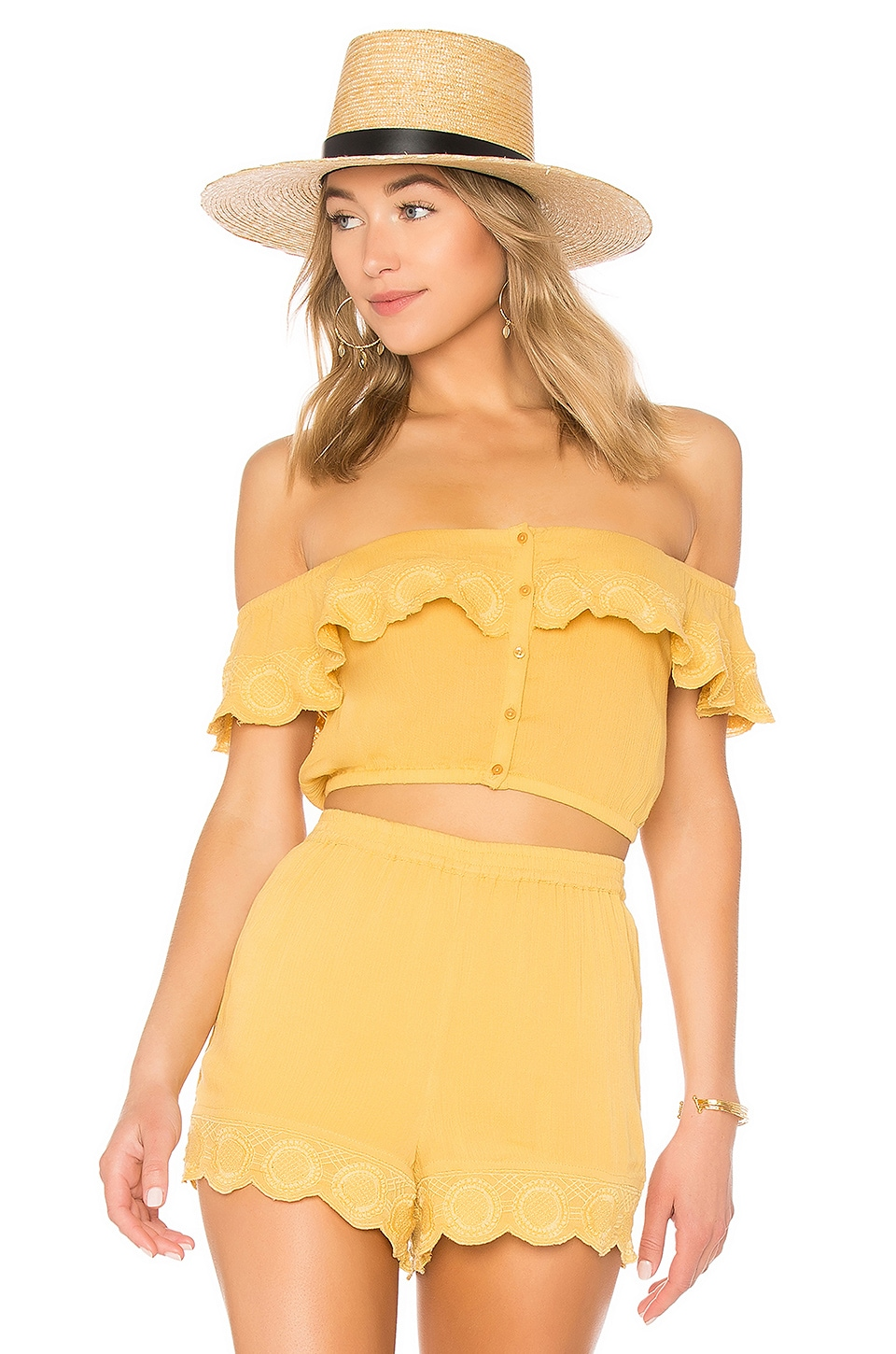 AMUSE SOCIETY Front Row Top in Honey