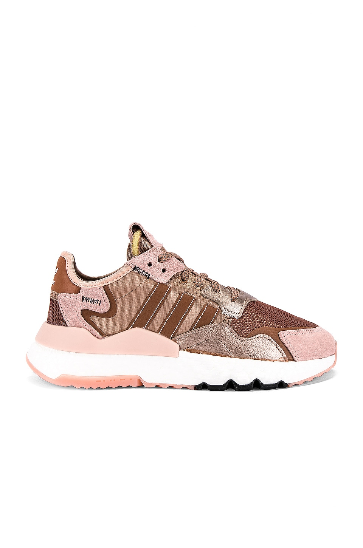 adidas Originals Nite Jogger en Copper Metallic, Vapour Pink & Core Black