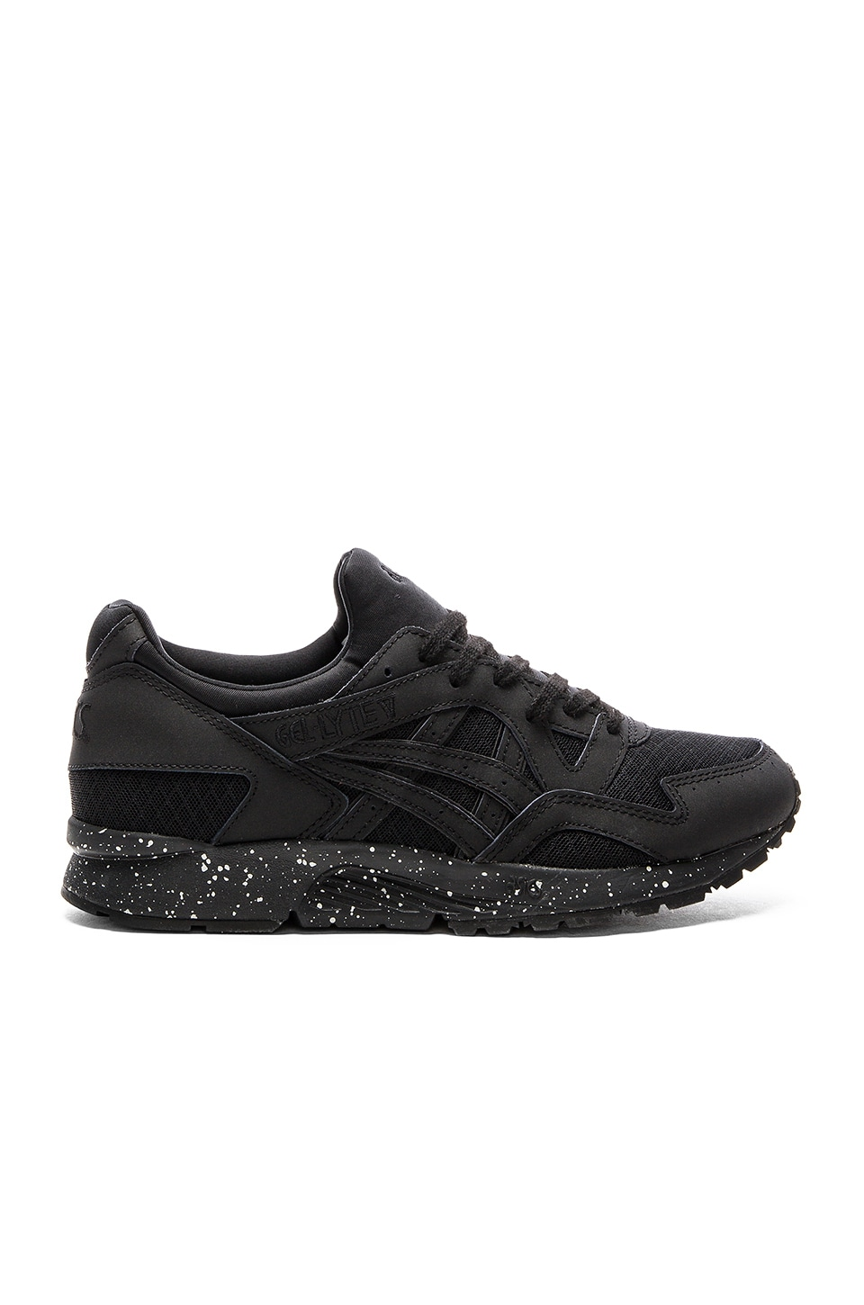 Asics Platinum Gel Lyte V in Black & Black