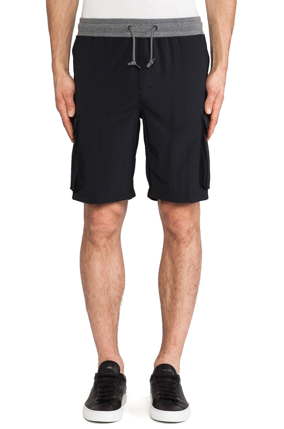 Athletic Recon Hunter Shorts in Black