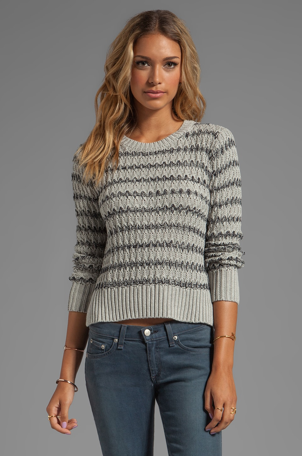 Autumn Cashmere 2-Tone Texture Crew Sweater in Cinderblock/Navy Blue