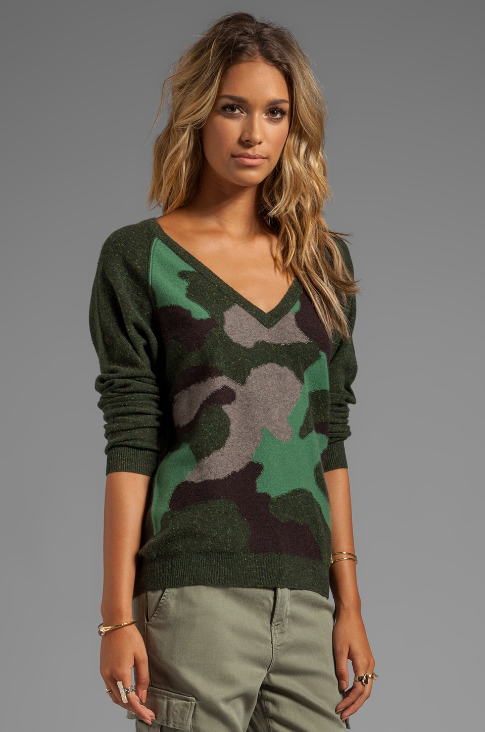 Autumn Cashmere Camo V Neck Sweater in Spruce Combo