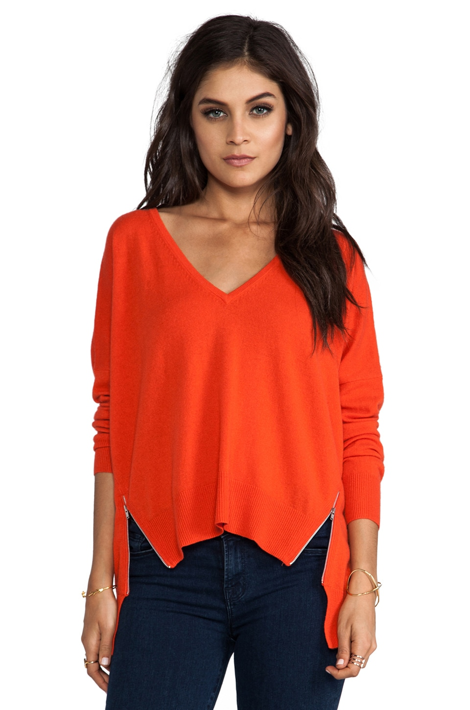 Autumn Cashmere Hi Lo V Neck Pullover With Zippers in Koi