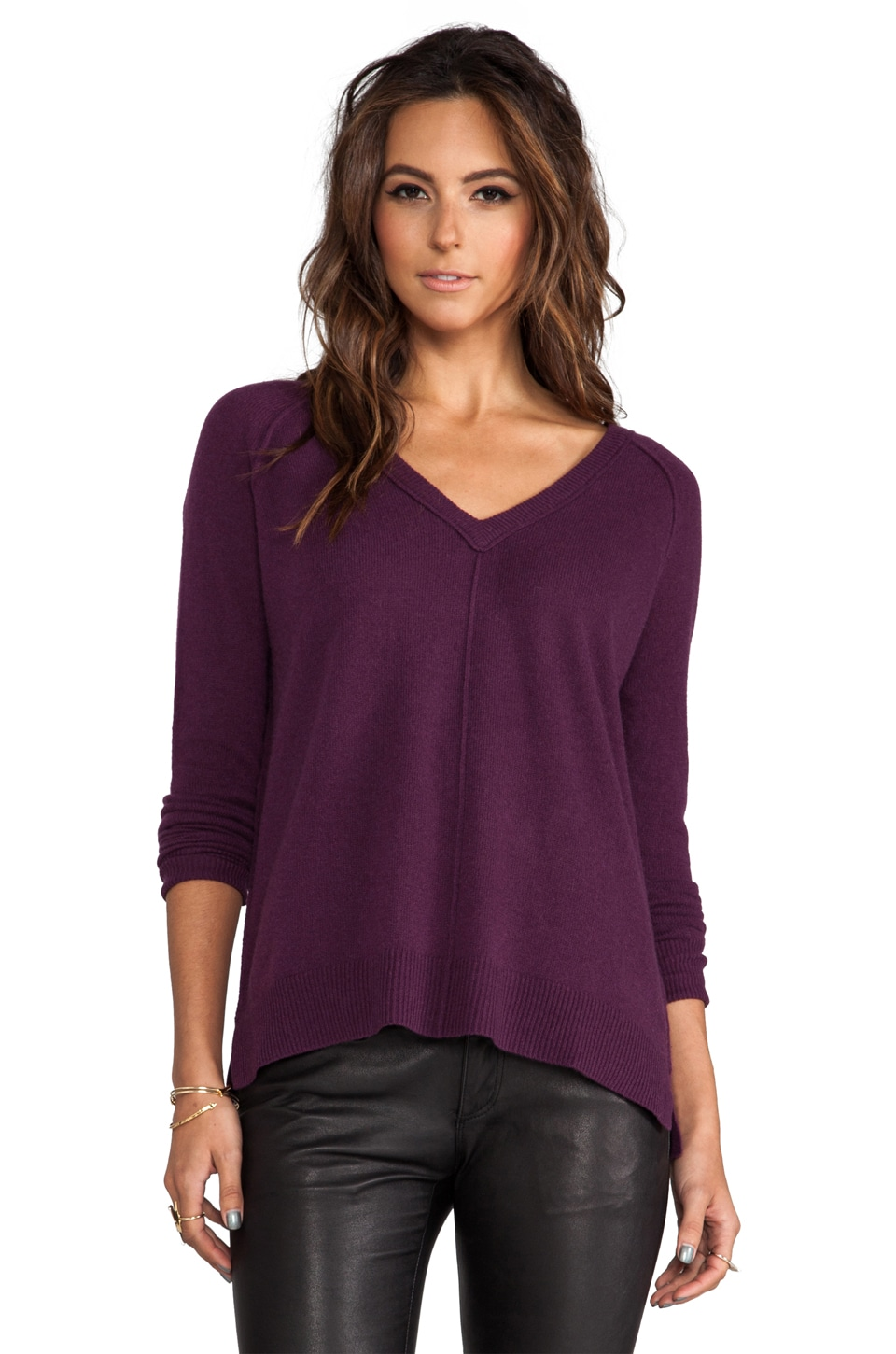 Autumn Cashmere Relaxed V-Neck Pullover in Port